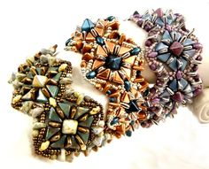 Beadweaving tutorial for this bracelet (and matching earrings: It Takes Two to Tango, by Sweet Freedom Designs. The patterns use 6mm 2-hole Triangles, Tangos, Superduos, 6mm mini-pyramids, and various seed beads.