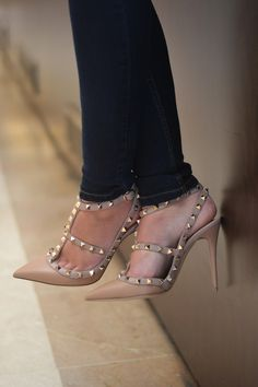 Discover the latest in designer apparel and accessories by legendary Italian fashion designer Valentino Garavani. Shop now at the official Valentino Online Boutique. Stilettos, Nude Pumps, High Heels, Sexy Heels, Crazy Shoes, Me Too Shoes, Shoe Boots, Shoes Heels, Work Heels