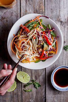 Asian+noodle+salad+with+peanut+ginger+dressing
