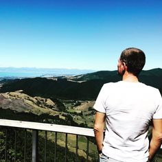 """Thinking: """"Passing so much great places - the world is a beautiful place!"""" 🌎 Also """"sore muscles... restday tomorrow!"""" 👊😄 Back to Nelson, NZ."""