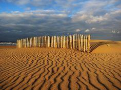 Beach Sand Fence in Katwijk, Netherlands  zwitserw — Thursday November 8, 2012 —   Wunderground World Views