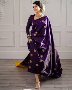 Trendy Ideas For Bridal Saree Kanchipuram Blouse Dress Indian Style, Indian Dresses, Indian Wedding Outfits, Indian Outfits, Saris Indios, Sari Dress, Sari Blouse, Saree Trends, Designer Sarees