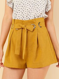 Online shopping for Paper Bag Waist Shorts with O-Ring Belt from a great selection of women's fashion clothing & more at MakeMeChic. Simple Dresses, Sexy Dresses, Dress Outfits, Short Dresses, Cute Outfits, Ladies Dresses, Dress Clothes, Party Dresses, Summer Dresses