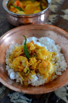 Prawn Stars: Chemmeen Curry (Kerala Prawn Curry) - Spice in the City Prawn Curry, Indian Food Recipes, Asian Recipes, Ethnic Recipes, Chettinad Chicken, Ocean Food, Curry Spices, Coconut Milk Curry, Recipes