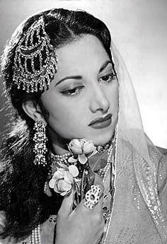 Vintage Bollywood actress and singer Suraiya. Originally black and white photo coloured by me. Vintage Bollywood, Indian Bollywood, Bollywood Stars, Bollywood Fashion, Bollywood Cake, Bollywood Masala, Bollywood Outfits, Bollywood Party, Indian Celebrities