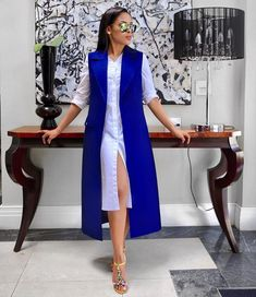 Every slay queen is known for dressing in style at the office. Here are the corporate outfits every slay queen should rock at the office this week; Elegant Outfit, Classy Dress, Classy Outfits, Chic Outfits, Fashion Outfits, African Attire, African Dress, Ankara Dress, Corporate Outfits