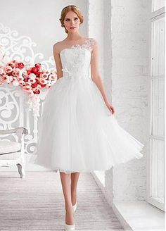 Buy discount Chic Tulle Jewel Neckline Tea-length A-line Wedding Dress With Beaded Lace Appliques at Dressilyme.com