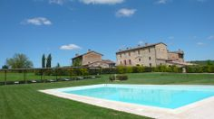 http://www.tuscanyinside.com/Apartment-in-farmhouse-with-swimming-pool-Colle-val-dElsa.htm