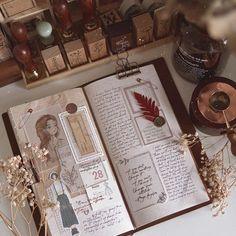 Bullet Journal Notebook, Bullet Journal Inspo, Bullet Journal Ideas Pages, Art Journal Pages, Vintage Diary, Bullet Journal Aesthetic, Creative Journal, Scrapbook Journal, Art Journal Inspiration