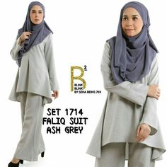 Design yang lebih mengancam.. lebih vouge Seriously Memang BEST Sangat BEST Sangat Trendy  .  SET 1714 FALIQ SUIT  (TOP & PALAZZO)  .  Made from Good Quality of Cotton Linen  Soft smooth and look Gorgeous  Round Neck  Hidden Zip in front  Fluted Sleeve  .  Size 1  S/M  (36/38)  Shoulder 15in  Bust 38in  Waist 38in  Hips 54in  Armhole 19in  Sleeve Length 24in  Length (F) 27in   Length (B) 34in  .  Pant Length 41in  Waist 2632in (with elastic waistband)  Crotch 13in  Hips 42in  Thigh 24in…