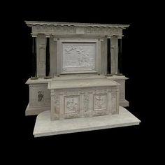 L'autel. ECOUEN, LA CHAPELLE: L'AUTEL, 1: L'autel, entre 1540 et 1550. Marbre et pierre. Ht 380 cm L: 106 cm. CHantilly, Musée Condé. Dans son état actuel, l'autel d'Ecouen est adossé à un retable plus large, dont le centre est occupé par bas-relief en marbre. Le revers de ce retable a été créé lors de son installation à Chantilly. Dans le chateau d'Ecouen, l'ensemble était adossé au mur sous la baie d'axe.