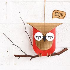 Thrifty Cardboard Owl Craft - Give a hoot about the environment; use your recyclables to create adorable animal crafts for kids! This Thrifty Cardboard Owl Craft uses just a few simple materials that you probably already have in the house. Kids Crafts, Animal Crafts For Kids, Owl Crafts, Easy Crafts, Art For Kids, Craft Projects, Arts And Crafts, Craft Ideas, Kids Toilet