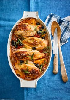Sicilian chicken Sicilian chicken The post Sicilian chicken appeared first on Woman Casual - Food and drink The Pork Chop Recipes, Salmon Recipes, Lunch Recipes, Chicken Recipes, Italian Chicken Dishes, Italian Soup, Italian Recipes, Italy Food, Cooking On The Grill