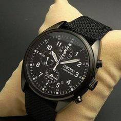 Great looking, well-priced watch!