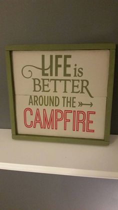 Camping: A Fun Time In Nature. How long has it been since you went camping? Camping provides a great opportunity to relax, enjoy nature, and reflect on your life. Camping Funny, Camping Diy, Camping Humor, Camping Glamping, Beach Camping, Family Camping, Camping Ideas, Camping Recipes, Camping Tricks
