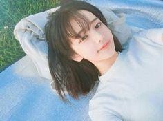 Image about girl in __ ulzzang __ by vivi on We Heart It Pelo Ulzzang, Ulzzang Korean Girl, Uzzlang Girl, Korean Beauty, Asian Beauty, Hwa Min, Girl Short Hair, Cute Korean, Korean Image