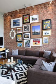 Sensational Industrial Furniture Urban Outfitters Ideas - All For Decoration Apartment Sofa, Apartment Living, Apartment Therapy, Living Room Decor, Living Spaces, Small Living, Loft House, Fashion Room, Decoration