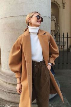 5+ Insanely trendy & affordable easy fashion trends to try this winter 2021. You'll make the best winter outfits this season, and for sure, heads will turn.. Also, get inspired by the best outfit ideas Now! Cute Fall Outfits, Winter Outfits, Cool Outfits, Fall Fashion Trends, Trendy Fashion, Winter Fashion, Simple Style, Duster Coat, Normcore