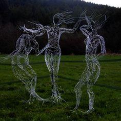 wire art dancers nudes humans wire sculpture - Elizabeth Berrien