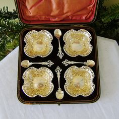 Victorian English Sterling Silver Salt Cellers Spoons in Fitted Box Mark Willis 1895 Gold Wash Ornate Vintage Silver, Antique Silver, Salt Box, Butler Pantry, Gold Wash, Tea Service, Copper And Brass, Silver Spoons, Chocolate Pots