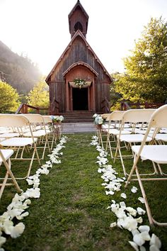 Green Mountain Ranch Chapel- I really like the flowers at the top
