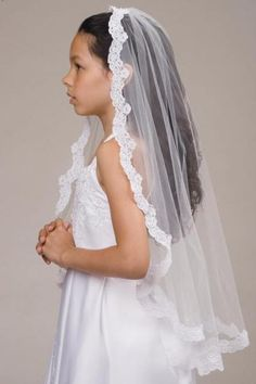1322 Anja's Dream First Communion Veil
