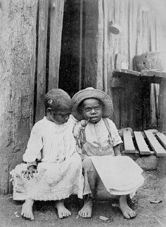 Two young South Sea Islander children near Innisfail, Queensland, ca. 1903