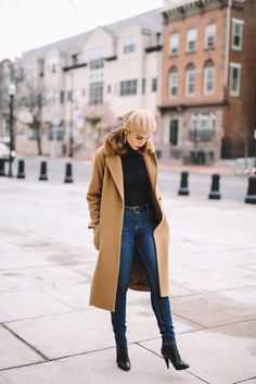 In camel fashion bananas camel coat outfit, beret outfit, camel boots, kn. Peacoat Outfit, Beret Outfit, Long Coat Outfit, Winter Coat Outfits, Trench Coat Outfit, Winter Fashion Outfits, Paris Winter Fashion, Outfit Jeans, Blazer Outfits