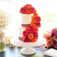 Wedding-Cakes-with-Flowers-Juie-Mikos-Cascade