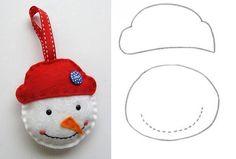Confeccione enfeites de natal em feltro com moldes e crie uma decoração natalina para a sua casa. Esses adornos podem ser usados para ornamentar o pinheiro!