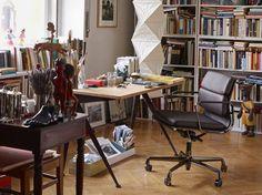 Soft Pad Chair EA 217, Compas Direction, Akari UF4-L8