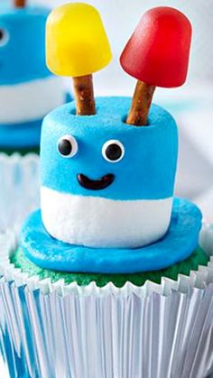 How To Make Zany Robot Cupcakes