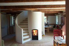 The round mass stove