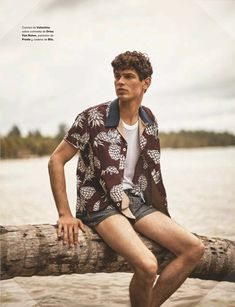 Arthur Gosse goes casual in a pineapple print Valentino shirt with a Dries Van Noten shirt and Prada shorts. Summer Editorial, Editorial Fashion, Male Editorial, Valentino Shirt, Beach Poses, Men Photography, Men Beach, Poses For Men, Spanish Style