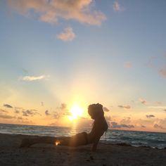 Sun salutation  #yoga #yogagirl #yogaeverydamnday #sea #bikini #beach #caribbean