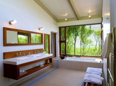 37 Amazing Bathroom Designs That Fused with Nature | Daily source for inspiration and fresh ideas on Architecture, Art and Design