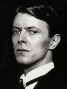 Oh you Pretty Things, don't you know you're driving your mamas and papas insane. Let me make it plain, you gotta make way for the Homo Superior... Thank you David  #davidbowie #ohyouprettythings #alltheyoungdudes