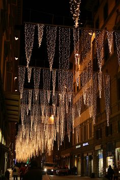 Christmas lights, Florence, Italy-but would use as ceiling decor at a wedding Outdoor Christmas, Winter Christmas, Christmas Time, Xmas, London Christmas, Holiday Lights, Christmas Lights, Les Illuminations, Vitrine Design