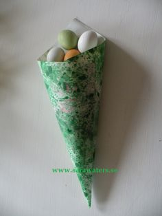Cone of Easter sweets /Sara Waters