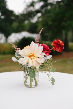 Charleston Weddings - Legare Waring House - CarolineRo Photography, Mimi Nicole, Ashley Nicole Events - Lowcountry - dahlias