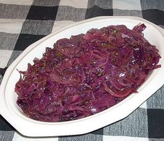 Oktoberfest All Week Long: Sweet Red Cabbage with Cardamom Sweet Red Cabbage with Cardamom. Great side for any meal. Particularly great with German food. Vegetable Dishes, Vegetable Recipes, Red Cabbage Recipes, Oktoberfest Food, Polish Recipes, Polish Food, Cooking Recipes, Healthy Recipes, German Recipes