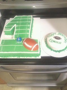 Football birthday cake - I carved this out of a sheet cake, iced in all buttercream 49ers Birthday Party, Football First Birthday, 1 Year Old Birthday Party, Boys First Birthday Party Ideas, Sports Birthday, 1st Boy Birthday, Cake Birthday, Cake Ideas, Birthday Recipes