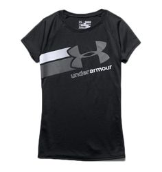 Loose: Generous, more relaxed fit. - Updated UA Tech fabric has a softer, more natural feel for incredible all-day comfort - Signature Moisture Transport System wicks sweat to keep you dry and light - Under Armour Outfits, Under Armour Girls, New T Shirt Design, Shirt Designs, Athletic Outfits, Sport Outfits, Under Armour Sweatshirts, Matching Couple Shirts, Cut Shirts