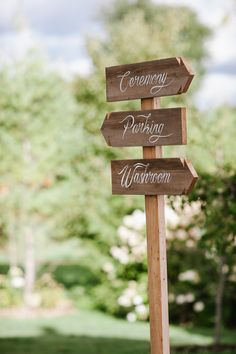 An amazing outdoor rustic wedding with beautiful details and great ideas