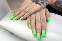 Eckige Nägel – Naildesign   Nailart by My Nice Nails GmbH – What do you think? For more info visit us at mynicenails.ch #nails #naildesign #nailart #nailstudio
