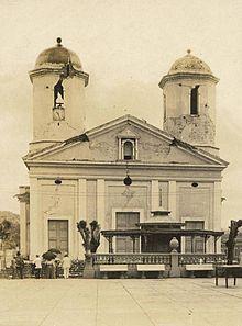 Antigua Catedral de Mayagüez, dañada por el terremoto de 1918.  Old Mayagüez cathedral, damaged by the 1918 earthquake.
