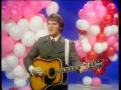 Tommy Roe - Dizzy His number one song from 1969. This song was number one for four weeks.