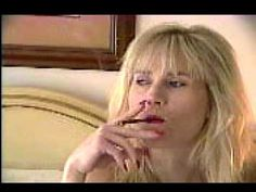 Blonde Explorer Jen smokes a More 120 from way back when - YouTube