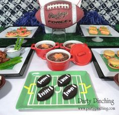 Superbowl Sunday Party - Party Planning - Party Ideas - Cute Food - Holiday Ideas -Tablescapes - Special Occasions And Events - Party Pinching