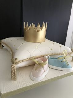 #babyshowercake #christeningcake #babyreveal #babycake #cusioncake #cake #planitcake Baby Shower Cake Decorations, Baby Shower Cakes, Novelty Cakes, Baby Time, Cake Decorating, Wedding Cakes, Birthdays, How To Plan, Cakes Baby Showers
